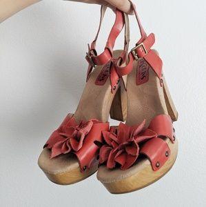 Kork Ease Floral Block Heel Sandals Size 8